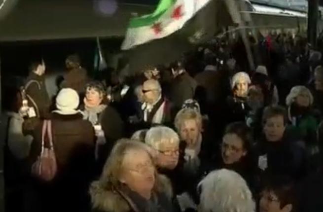 Assad opponents get on board the 'freedom train' (Photo: Al Arabiya)
