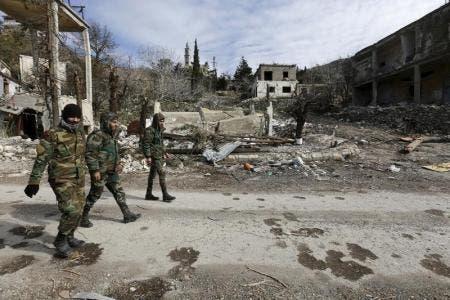 جنود موالون للرئيس السوري بشار الأسد في اللاذقية