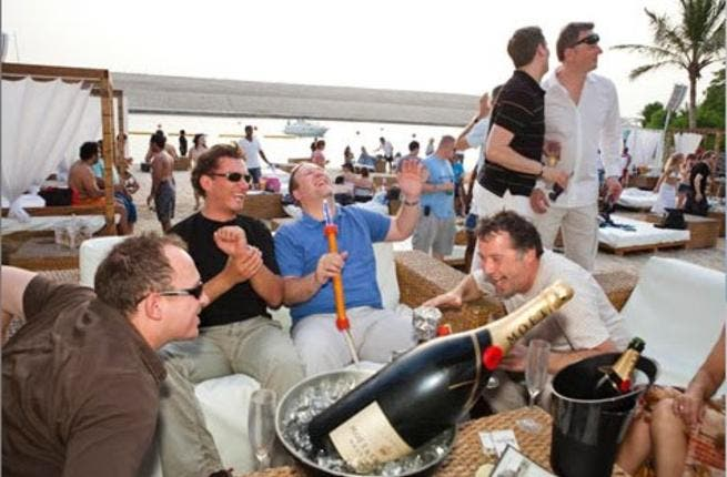 With living costs dropping in Dubai and Abu Dhabi, expats might be able to use that extras cash for some fun. [blogspot.expats]