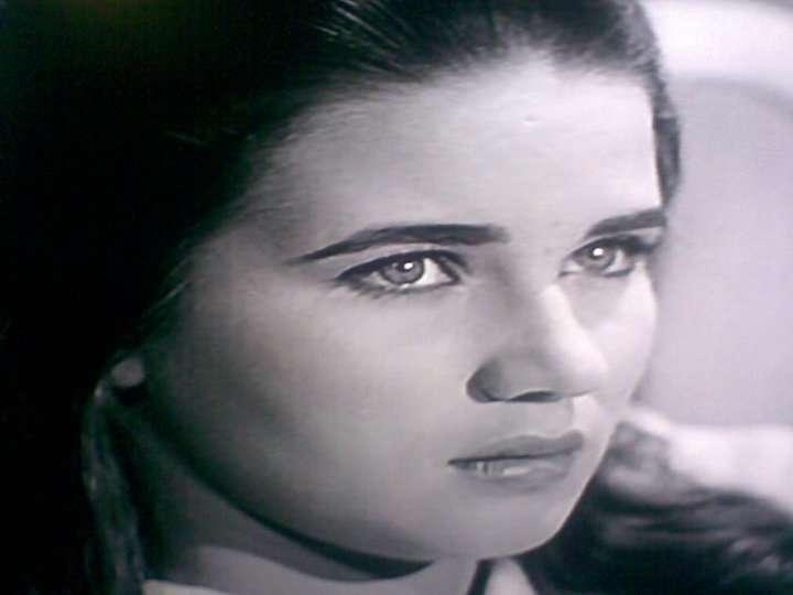 وفاة الفنانة المصرية زبيدة ثروت عن 76 عاماً