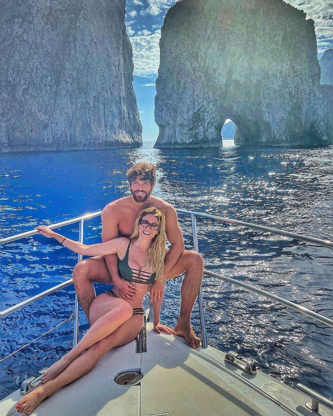 wedding august Diletta Leotta Flies to Turkey to Meet Can Yaman's Family famiglia aile