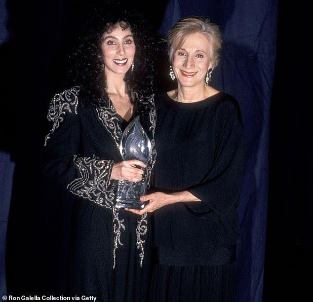 """Oscar-Winning Actress Olympia Dukakis Dies Aged 89"""