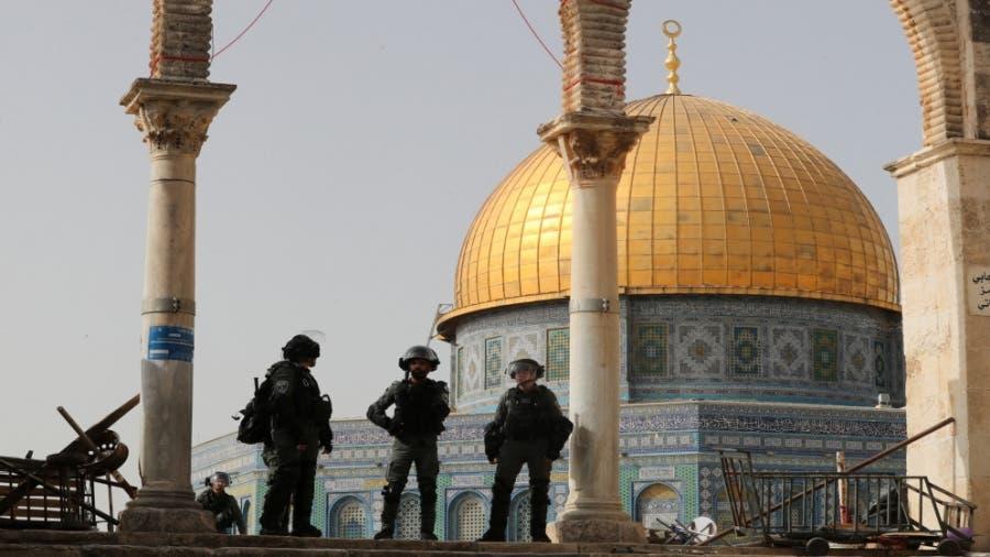المقاومة بغزة تمهل إسرائيل حتى السادسة لسحب قواتها من الأقصى