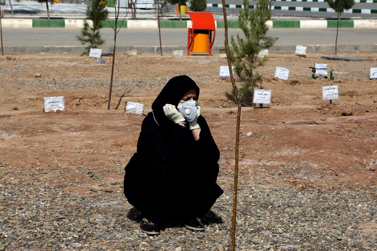 وفيات كورونا في إيران تتخطى عتبة 24 ألفا