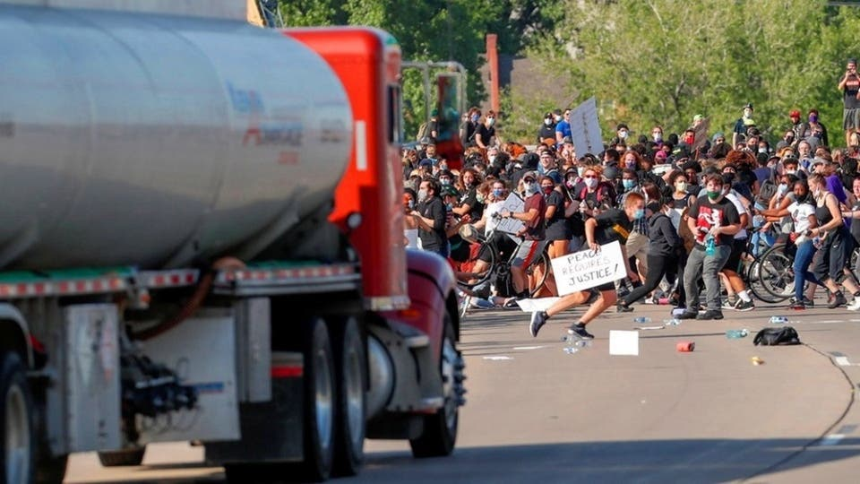 البنتاغون يعارض استخدام الجيش في قمع الاحتجاجات