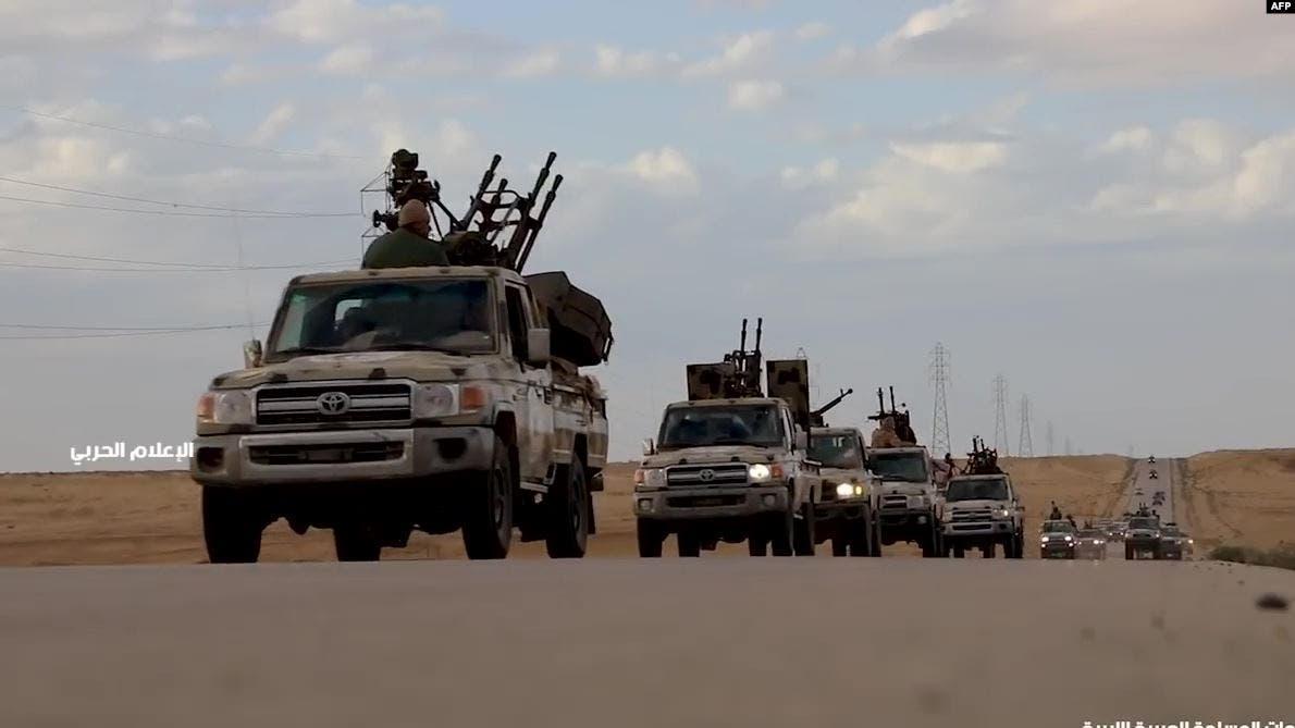 فيديو يظهر فرار قوات حفتر من منطقه غريان الليبيه