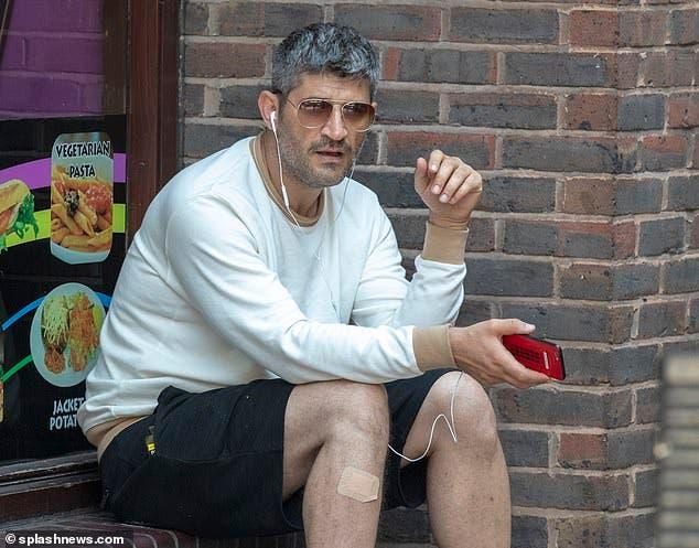 مصفف شعر شهير يواجه مصيرا قاسيا في شوارع لندن ما قصته
