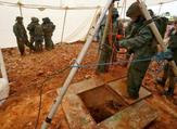 مدخل نفق حفره الجيش لتحديد موقع نفق حفره حزب الله تحت الأراضي الإسرائيلية