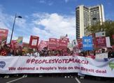تظاهرات حاشدة في لندن للمطالبة باستفتاء جديد حول بريكست