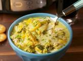 حساء البروكلي بالدجاج والجبن