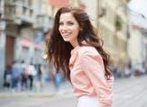 ابتسامة وضحكة القوس أكثر ما يميزه فهمي تحمل الكثير من الفرح والسعادة