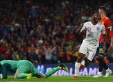 ستيرلينغ يقود إنجلترا لفوزٍ مهمٍ على إسبانيا