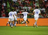 أوزبكستان تتأهل إلى الدور الثاني