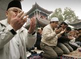 """تقارير تتحدث عن احتجاز السلطات الصينية ملايين الأويغور في معسكرات """"إعادة تثقيف"""""""