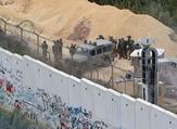"""الجيش الإسرائيلي يطالب اللبنانيين فوق """"أنفاق"""" حزب الله بالرحيل"""