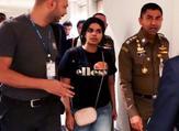 وصلت رهف (18 عاما) إلى تايلاند يوم السبت ومنعت من الدخول في البداية