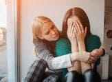 إذا كنت تبكي مرة في الأسبوع، يمكنك أن تعيش حياة خالية من التوتر (shutterstock.com)