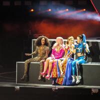 Spice Girls  (Twitter)