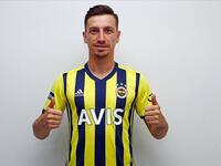 Turkish midfielder inks 4-year contract with Turkish Super Lig club (Photo: Fenerbahce)