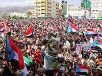 Yemeni Southern separatists supporters wave flags of the former South Yemen (The People's Democratic Republic of Yemen) as they demonstrate in the Khormaksar district of Yemen's second city of Aden on August 15, 2019. (AFP)