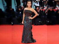 Tunisian actress Hend Sabry wore a dress by Etro for her first red carpet appearance