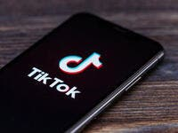 Twitter Mulls Merging with TikTok