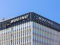 Boeing Commercial Jet Revenue Plummets to $4.3 In Q1 2021