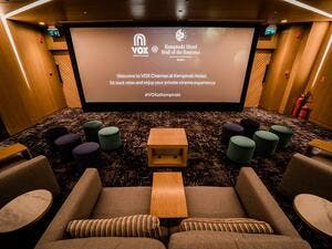 The private cinema consists of two distinct areas – a screening room equipped with VOX Cinemas' cutting-edge audio-visual technology and fifteen plush seats