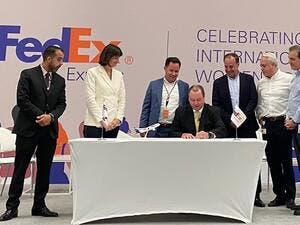 FedEx Express Meisa President Signs CEO Statement of Support for Women's Empowerment Principles