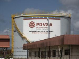 The U.S. will place sanctions on Venezuela's state-owned oil company (Twitter)