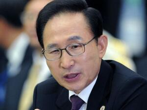 S. Korean Former President Lee Myung-bak to stand in court this week over string of corruption charges. (AFP/ File Photo)