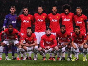 American company acquire Man Utd shares