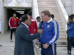 National football team coach Harry Redknapp (right) speaks to Jordan Television's Mohammad Qadri Hassan on Thursday (source: Football24 YouTube channel)