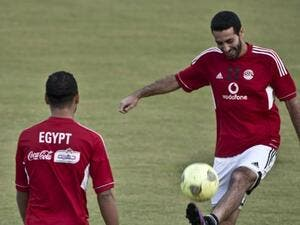 Former Egyptian start footballer Mohamed Aboutrika training with the national team in Cairo for the World Football Championship from 14 June for a month in Russia. It seems he and the rest of the footballers will now have to fast during Ramadan which partly coincides with the matches. (AFP/File Photo)
