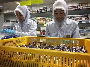 The global halal economy is estimated to reach $6.4 trillion by 2018, compared to $3.2 trillion in 2012. (AFP)