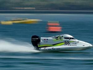 The teams participated in the Powerboat free practices at Khalid Lagoon
