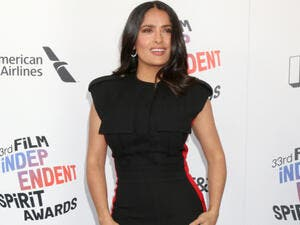 Salma Hayek worked her red carpet magic while standing arm in arm with her fellow female filmmakers at the Girls of the Sun premiere at the Cannes Film Festival (Source : Kathy Hutchins / Shutterstock)