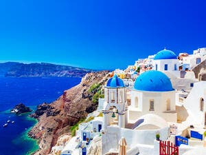 Greece Becomes a Magnet for Arab Tourists