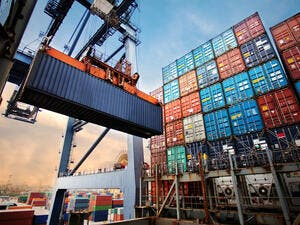 The value of re-exports was SR2.589 billion in April.