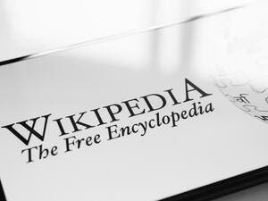 Wikipedia Co-Founder to Launch New Social Media Platform