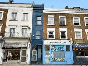 "UK: London's ""Skinniest House"" Listed for $1.3 Million"