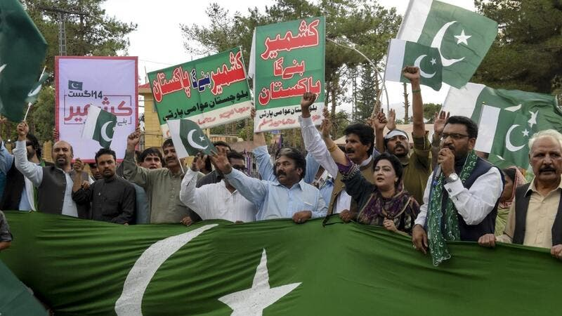 Pakistani Christian shout slogans in support of Kashmiris at a rally in the connection of the country Independence Day in Quetta on August 11, 2019, after the Indian government stripped Jammu and Kashmir of its autonomy. (BANARAS KHAN / AFP)