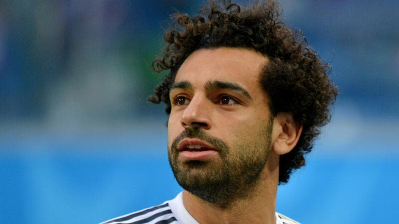 UNRECOGNIZABLE! Mohamed Salah Gets Rid of His Signature Afro & Debuts a New Haircut (Pictures)