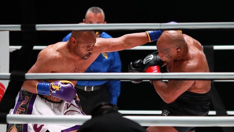 Mike Tyson vs Roy Jones Jr live updates blog