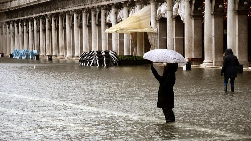 MOSE raised after miscalculation led to Venice floods - English