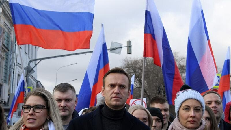 Russian Federation bars European Union officials over Navalny sanctions