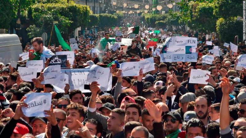 Algeria's mass protests (Twitter)