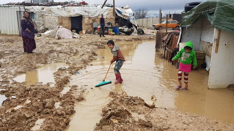 Struggles of the Syrian refugees camps (Twitter)