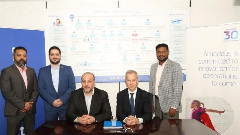 Alaa Al Ali, General Manager- Nirvana Travel and Graham Nichols, Managing Director of Amadeus Gulf