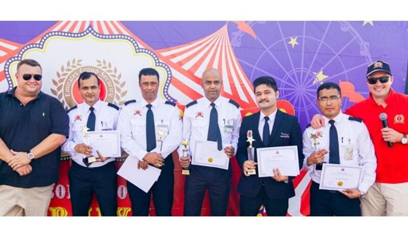 Five guards working in a Dubai hotel and a cleaner doing his rounds were recognized for their bravery and honesty during Transguard's annual staff party.